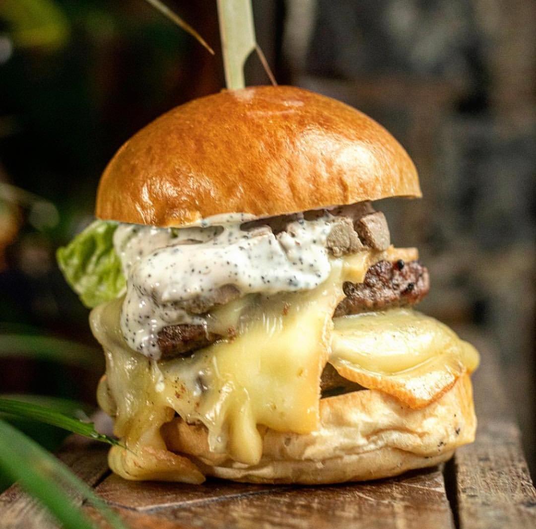 Albert Schenke - burger.jpg